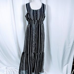 Xhilaration Black Striped Maxi Dress
